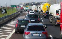 Rallentamenti in autostrada direzione Reggio Calabria: immigrati a piedi lungo il tragitto