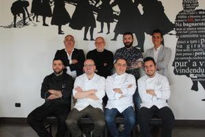 I fondatori dell'Associazione, in piedi da sinistra: Tonino Gioffrè, Fulvio Dato, Rocco Salernoe Carmelo Foti_seduti da sinistra Nino Gramuglia, Domenico Fedele, Rocco Iannì e Daniele Lopez.