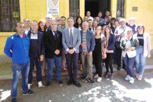 Al centro il presidente Tramontana con i produttori