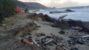 Favazzina dopo la mareggiata del 23/24 dicembre 2019. Foto: Ilaria Magenta - Facebook.